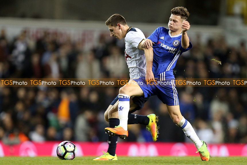 Jamie Reynolds of Tottenham Hotspurr and Mason Mount of Chelsea during Tottenham Hotspur Youth vs Chelsea Youth, FA Youth Cup Football at White Hart Lane on 14th March 2017