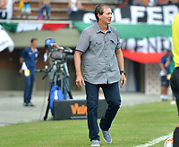 ENVIGADO- COLOMBIA, 18-02-2018:Isamel Rescalvo director técnico del Envigado FC,durante el partido entre Envigado y Once Caldas  por la fecha 4 de la Liga Águila I 2018 jugado en el estadio Polideportivo  Sur. / Isamel Rescalvo coach of Envigado FC , during match between Envigado and Once Caldas for the date 4 of the Aguila League I 2018 played at Poldeportivo Sur  stadium. Photo: VizzorImage/ León Monsalve / Contribuidor