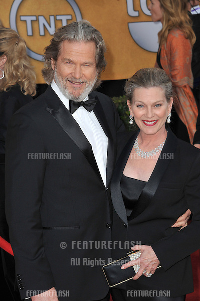 Jeff Bridges & wife at the 17th Annual Screen Actors Guild Awards at the Shrine Auditorium..January 30, 2011  Los Angeles, CA.Picture: Paul Smith / Featureflash