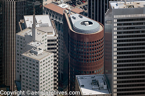 aerial photograph One Pine Street, 345 California Center, One Front Street Shaklee Terraces skyscrapers San Francisco