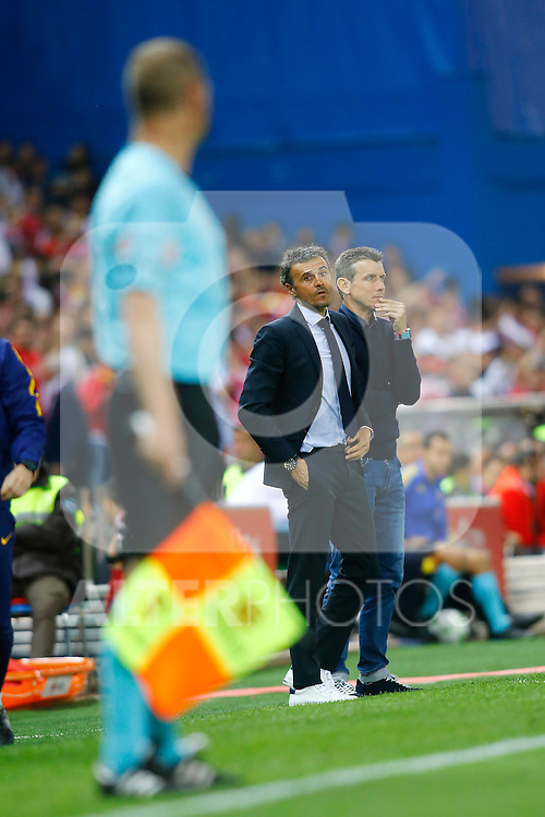 FC Barcelona's coach Luis Enrique Martinez (l) with his second Juan Carlos Unzue during Spanish Kings Cup Final match. May 22,2016. (ALTERPHOTOS/Acero)
