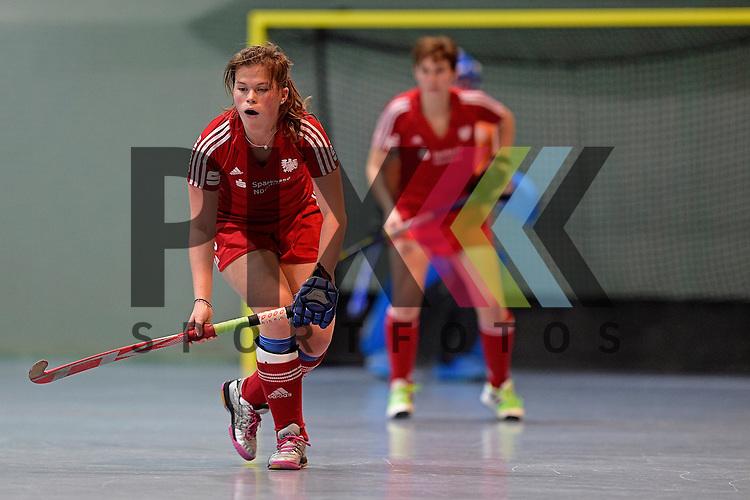 GER - Mannheim, Germany, December 19: During the 1. Bundesliga Sued Damen indoor hockey match between Mannheimer HC (blue) and Nuernberger HTC (red) on December 19, 2015 at Irma-Roechling-Halle in Mannheim, Germany. Final score 8-2 (HT 3-2).  Jana Borgmann #28 of Nuernberger HTC<br /> <br /> Foto &copy; PIX-Sportfotos *** Foto ist honorarpflichtig! *** Auf Anfrage in hoeherer Qualitaet/Aufloesung. Belegexemplar erbeten. Veroeffentlichung ausschliesslich fuer journalistisch-publizistische Zwecke. For editorial use only.