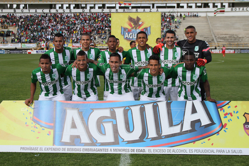TUNJA -COLOMBIA-15-MAYO-2016. Formación del Atlético Nacional contra Fortaleza F.C.. Acción de juego entre  Patriotas FC con el Nacional durante partido por la fecha 18 de Liga Águila I 2016 jugado en el estadio La Independencia./ Team of Atlético Nacional  against Patriotas F.C. . Actions game between  Patriotas FC and Nacional during the match for the date 18 of the Aguila League I 2016 played at La Independencia stadium in Tunja. Photo: VizzorImage / César Melgarejo  / Contribuidor
