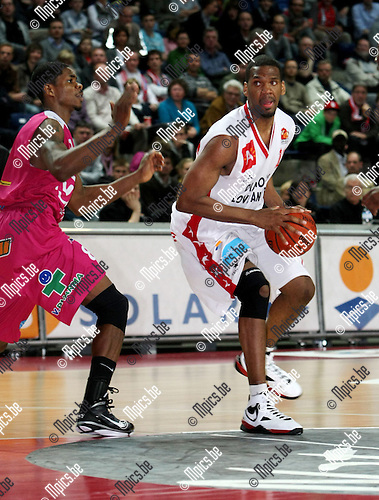 2010-05-08 / Basketbal / seizoen 2009-2010 / Antwerp Giants - Pepinster / Brandon Gay (Antwerp) met Wilson..Foto: mpics