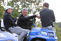 Darren Clarke, Team Europe Ryder Cup Captain,  has a meeting with his VCs during Thursday's Practice Round ahead of The 2016 Ryder Cup, at Hazeltine National Golf Club, Minnesota, USA.  29/09/2016. Picture: David Lloyd | Golffile.