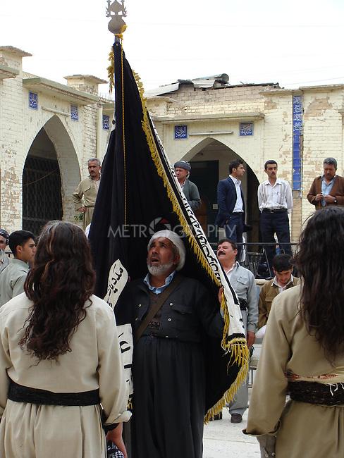 SULAIMANIYAH, IRAQ:  Kurdish dervishes pray at the Grand Mosque in Sulaimaniyah, Iraq...Photo: Pezhar Muhammed Karim/Metrography