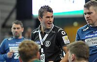 Handball 2. Bundesliga Herren - SC DHfK gegen HC Erlangen am 05.11.2013 in Leipzig (Sachsen). <br /> IM BILD: DHfK Trainer Christian Prokop schreit DHfK Torwart Henrik Ruud Tovas an <br /> Foto: Christian Nitsche