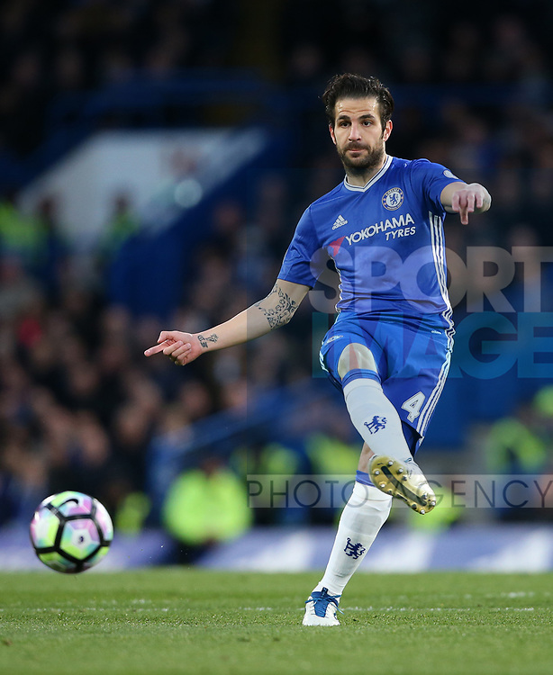 Chelsea's Cesc Fabregas in action during the Premier League match at Stamford Bridge Stadium, London. Picture date: April 25th, 2017. Pic credit should read: David Klein/Sportimage