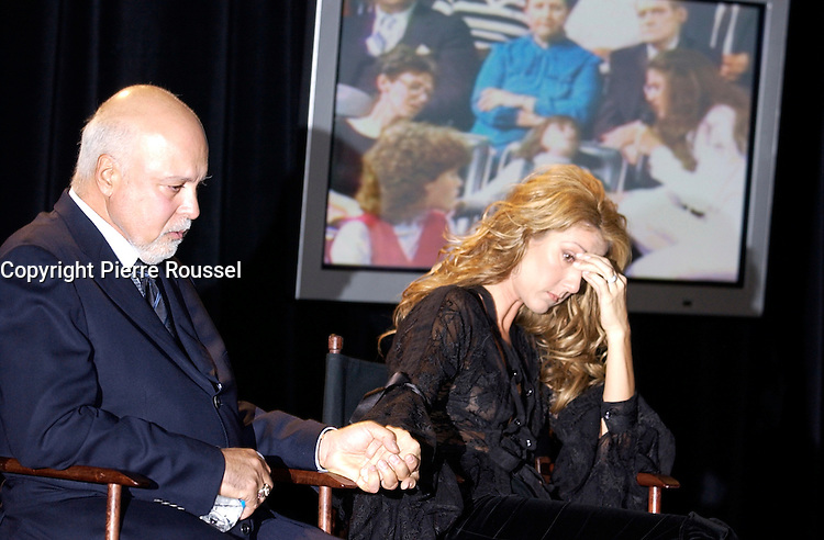 September 26. 2002, Montreal, Quebec, Canada; <br /> <br /> Celine Dion (R) and her husband Rene Angelil,  unveil her Bronze Star at the Pepsi Forum's Walk of Fame, September 26 2002, Montreal, CANADA.