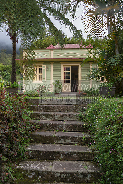 France, île de la Réunion, Parc national de La Réunion, classé Patrimoine Mondial de l'UNESCO, Cirque de Salazie, Hell-Bourg, labellisé Les Plus Beaux Villages de France, maison créole dans le village  //  France, Ile de la Reunion (French overseas department), Parc National de La Reunion (Reunion National Park), listed as World Heritage by UNESCO, Cirque de Salazie, Hell Bourg village, labelled Les Plus Beaux Villages de France (The Most Beautiful Villages of France), typical Creole house in the village