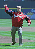 United States Vice President Dick Cheney throws the first pitch to open the 2006 Washington Nationals home baseball season at RFK Stadium in Washington, DC on April 11, 2006.  The Nationals' opponents are the New York Mets.<br /> Credit: Arnie Sachs / CNP