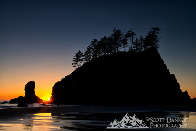 Autumn sunset at Second Beach, La Push, Washington.