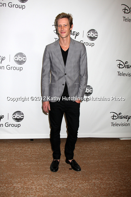 LOS ANGELES - JUL 27:  Gabriel Mann arrives at the ABC TCA Party Summer 2012 at Beverly Hilton Hotel on July 27, 2012 in Beverly Hills, CA