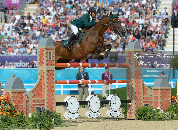 Ramzy Al Duhami riding Bayard van de Villa There (KSA, Saudi Arabia). Team Showjumping - PHOTO: Mandatory by-line: Garry Bowden/SIP/Pinnacle - Photo Agency UK Tel: +44(0)1363 881025 - Mobile:0797 1270 681 - VAT Reg No: 768 6958 48 - 06/08/2012 - 2012 Olympics - Greenwich Park, London, England