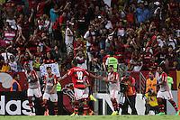 RIO DE JANEIRO, 04.05.2014 - Alecsandro do Flamengo comemora seu segundo gol durante o jogo contra Palmeiras pela terceira rodada do Campeonato Brasileiro disputado neste domingo no Maracanã. (Foto: Néstor J. Beremblum / Brazil Photo Press)