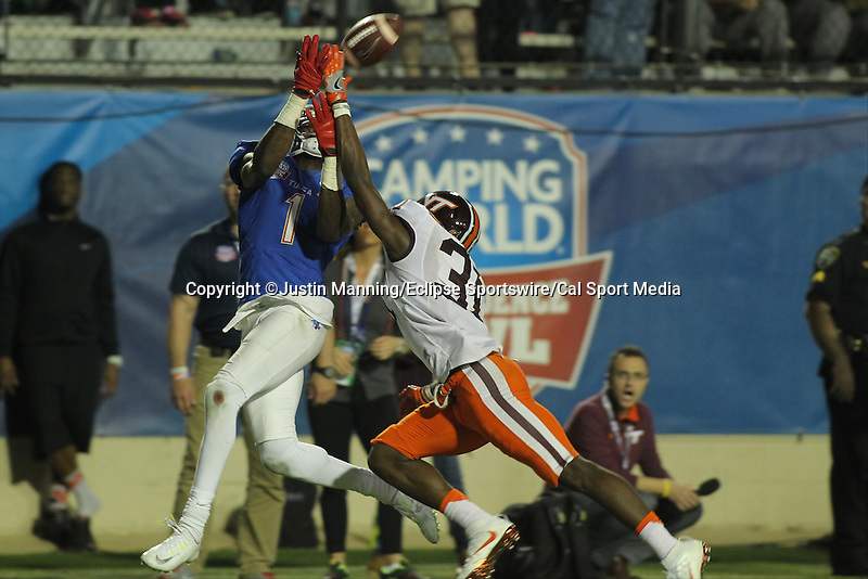 December 26, 2015: Tulsa WR Keyarris Garrett scoring a touchdown during the 2nd half of the Camping World Independence Bowl at Independence Stadium in Shreveport, LA. Justin Manning/ESW/CSM
