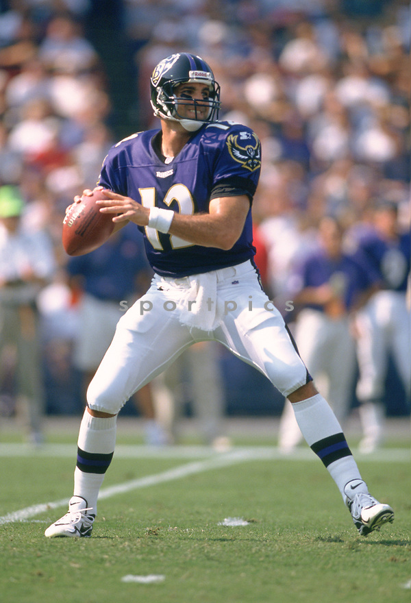 Baltimore Ravens Vinny Testaverde (12) during a game from his 1997 season with the Baltimore Ravens. Vinny Testaverde played for 21 years for 7 different teams and was a 2-time Pro Bowler.<br /> (SportPics)