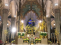 Altar der St. Patrick's Cathedral in New York - 11.04.2018: Sightseeing in New York