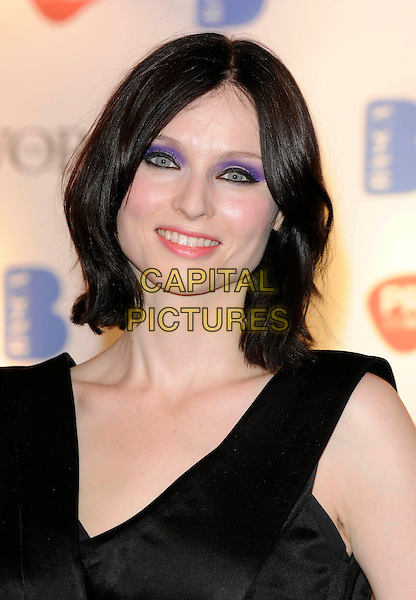 SOPHIE ELLIS BEXTOR .Inside - 54th Ivor Novello Awards, at the Grosvenor House Hotel, London, England, May 21, 2009..portrait headshot black purple eyeshadow make-up eyeliner Ellis-Bextor .CAP/FIN.©Steve Finn/Capital Pictures
