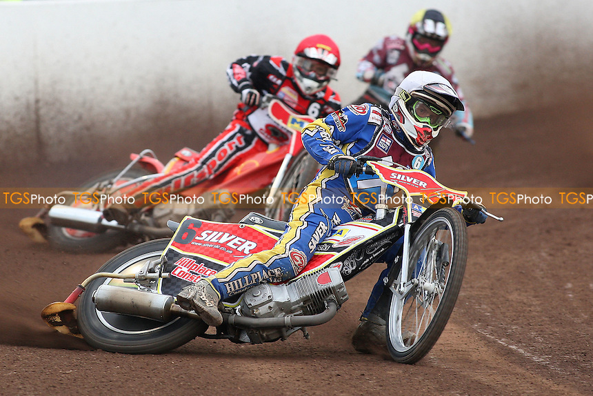 Heat 2: Chris Neath (white) ahead of Emiliano Sanchez (red) and Rob Mear - Peterborough Panthers vs Lakeside Hammers - Elite League Speedway at the Showground, Peterborough - 18/07/11 - MANDATORY CREDIT: Gavin Ellis/TGSPHOTO - Self billing applies where appropriate - 0845 094 6026 - contact@tgsphoto.co.uk - NO UNPAID USE.