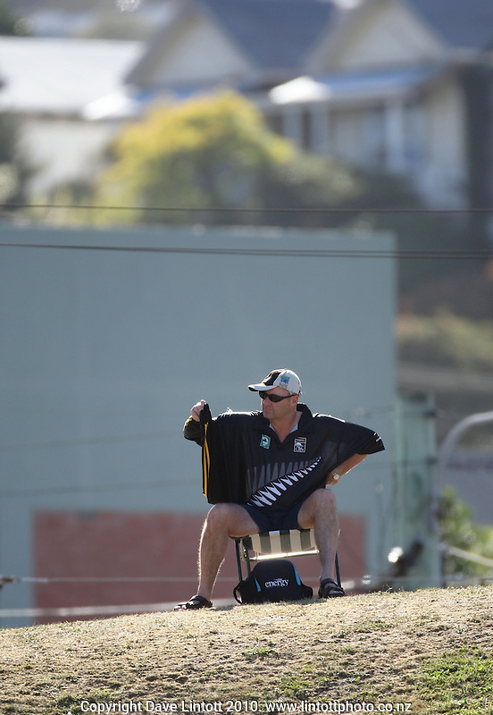 A fan arrives early and sits up on the embankment during day two of the 1st cricket test match between the New Zealand Black Caps v Australia, day two at the Basin Reserve, Wellington, New Zealand on Saturday, 20 March 2010. Photo: Dave Lintott / lintottphoto.co.nz