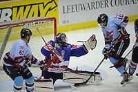 IJSHOCKEY: HEERENVEEN: IJsstadion Thialf, 22-12-2012, Eredivisie, Friesland Flyers - HYS Den Haag, Raphael Joly(#61) Martijn Ooosterwijk (#30) Brandon Campos (#10) ©foto Martin de Jong
