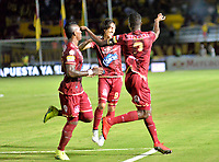 IBAGUE-COLOMBIA,28 -07-2018.Julián Quiñonez del Deportes Tolima  celebra su gol  contra el América de Cali durante partido por la fecha 2 de la Liga Águila II 2018 jugado en el estadio Manuel Murillo Toro de la ciudad de Ibagué./ Julian Quiñonez player of Deportes Tolima  celebrates his goal agaisnt  of America of Cali during the match for the date 2 of the Aguila League II 2018 played at Manuel Murillo Toro  stadium in Ibague city. Photo: VizzorImage/ Juan Carlos Escobar / Contribuidor