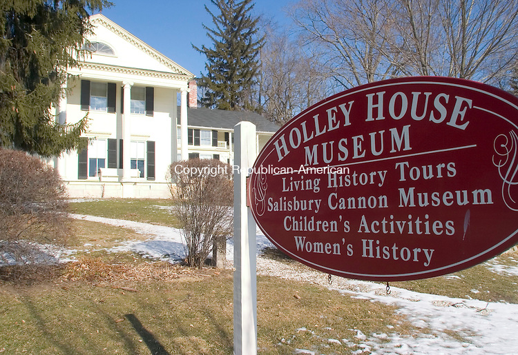 SALISBURY, CT- 12 FEB 06- 021207JT06- <br /> The Holley Williams House in Salisbury, which operated as a historic museum for 30 years, is being sold by the Salisbury Historical Society to become a private residence.<br /> Josalee Thrift Republican-American