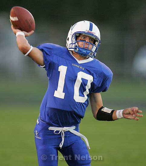 Bingham vs. West Jordan high school football Friday night at Bingham.&amp;#xA;. 9.10.2004<br />