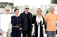 Tilda Swinton, Selena Gomez, Jim Jarmusch, Chloe Sevigny and Bill Murray at the 'The Dead Don't Die' photocall during the 72nd Cannes Film Festival at the Palais des Festivals on May 15, 2019 in Cannes, France