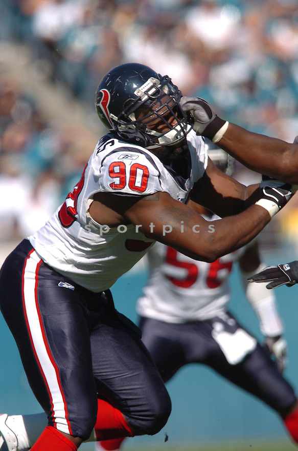 MARIO WILLIAMS, of the Houston Texans,during their game against  the Jacksonville Jaguars  on Novmeber 12, 2006 in Jacksonville, FL...Texans  win 13-10..Tomasso DeRosa / SportPics