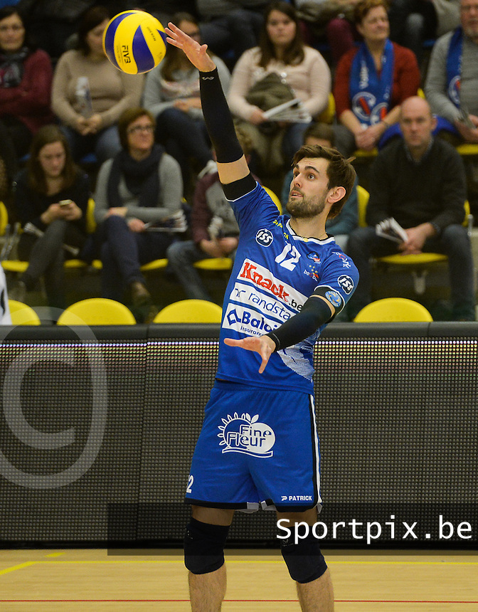 20161228 - ROESELARE ,  BELGIUM : Roeselare's Ruben Van Hirtum pictured during the second semi final in the Belgian Volley Cup between Knack Volley Roeselare and Lindemans Aalst in Roeselare , Belgium , Wednesday 28 th December 2016 . PHOTO SPORTPIX.BE | DAVID CATRY