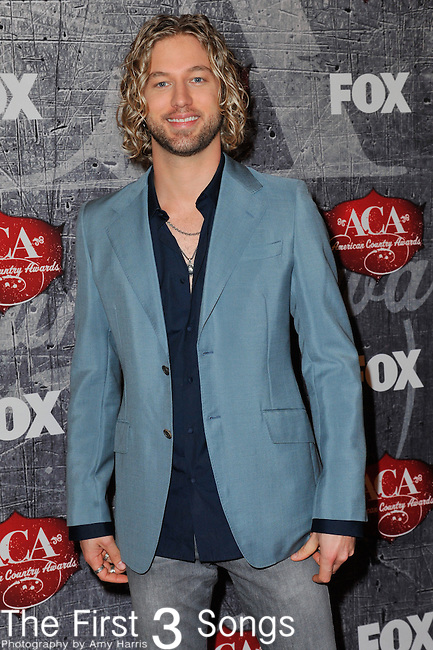 Casey James arrives at the American Country Awards 2012 at the Mandalay Bay Resort & Casion in Las Vegas, Nevada