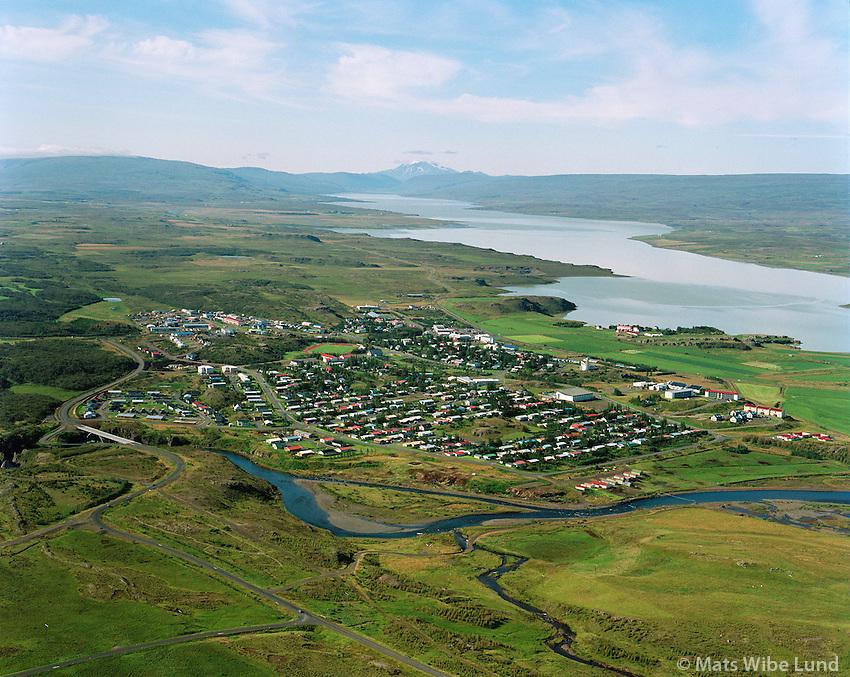 Egilsstaðir séð til suðurs. Lagarfljót, Snæfell..Egilsstadir viewing south over lake Lagarfljot - Logurinn towards mount Snaefell.to