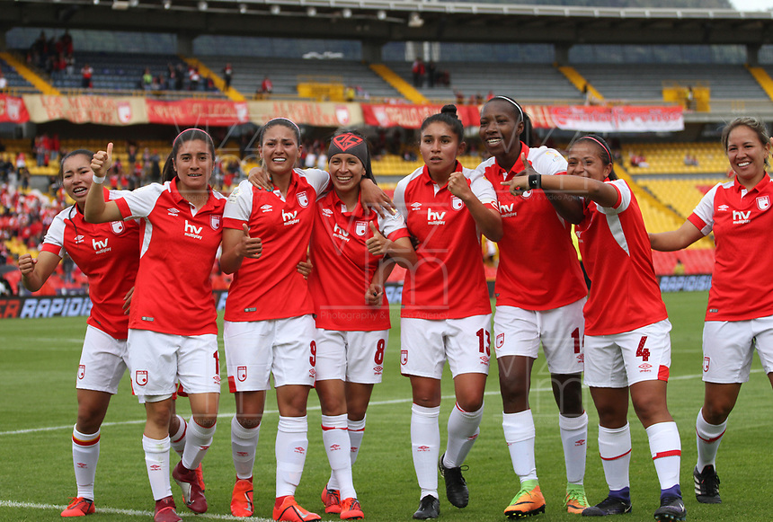 BOGOTÁ- COLOMBIA, 01-09-2019:Diana Celis  jugadora del Independiente Santa Fe femenino celebra después de anotr un gol contra  Millonarios femenino durante partido por los cuartos de final  de la Liga Águila  femenina  2019 jugado en el estadio Nemesio Camacho El Campín  de la ciudad de Bogotá. /Diana Celis player of Independiente Santa Fe women´s celebrates after scoring a goal agaisnt of Millonarios women´s during the match for the quarter finals of the Liga Aguila II 2019 played at the Nemesio Camacho El Campin  stadium in Bogota city. Photo: VizzorImage / Felipe Caicedo / Staff