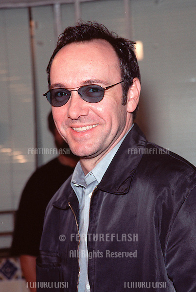 "06OCT99:  Actor KEVIN SPACEY at the world premiere in Los Angeles of ""Fight Club"" which stars Brad Pitt, Edward Norton & Helena Bonham Carter.                         .© Paul Smith / Featureflash"