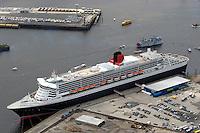 Deutschland, Hamburg, Hafencity, Queen Mary 2, Kreuzfahrtschiff, Grassbrook, Elbe, Cruise Center