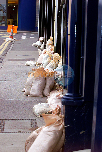Sandbags at the ready, on Saturday afternoon when high tide was due...Pic Tony Campbell/Newsfile