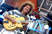 Jun 06, 2004: PAT METHENY - Crossroads Guitar Festival Dallas TX USA