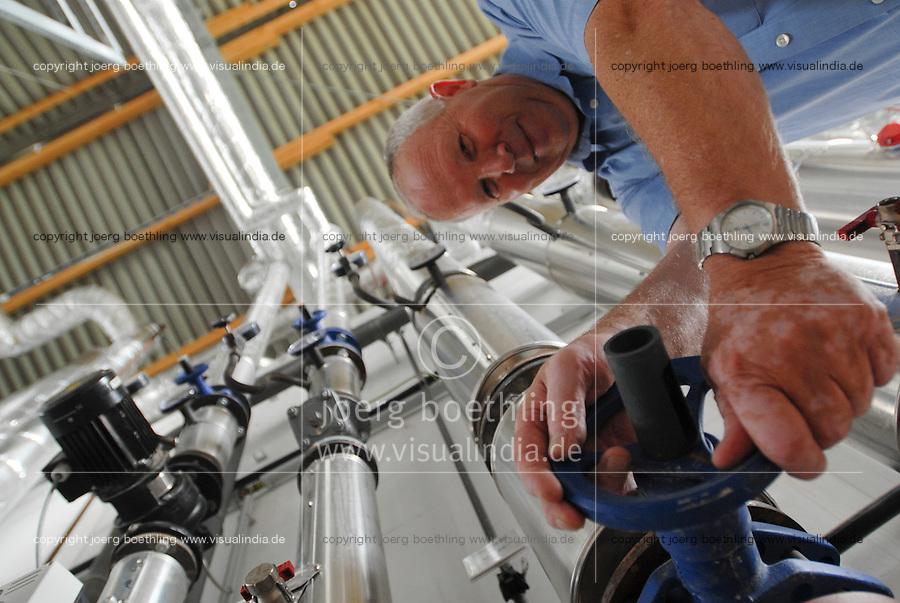 GERMANY Biogas plant at Pellworm Northsea island / DEUTSCHLAND , <br /> Envitec Biogasanlage mit Blockheizkraftwerk BHKW der Firma GE Jenbacher zur Stromerzeugung und Waermeerzeugung auf Nordseeinsel Pellworm , Vergaerung von Mais und Rinderguelle