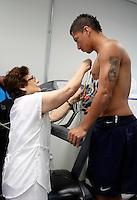 SÃO PAULO,SP,06 JANEIRO 2012 - TREINO CORINTHIANS<br /> O jogador Ralf realiza exames medicos no CT Joaquim Grava, no Parque Ecologico do Tiete, zona leste de Sao Paulo, na manha desta sexta-feira 06.FOTO ALE VIANNA - NEWS FREE.