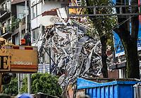 Edificio de la colonia Álvaro Obregón #286, donde se encuentran 46 personas en el interior y amenos 5 de ellas se encuentran con vida, <br />  Ciudad De Mexico a 2 septiembre 2017<br /> <br /> (Foto: Luis Gutierrez/nNrtePhoto.com)