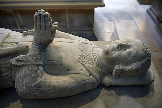 Medieval tomb and statue of Charles comte de Valois, son of Phiippe III and Isabelle d'Aragon, 1270 - 1325.. The Gothic Cathedral Basilica of Saint Denis ( Basilique Saint-Denis ) Paris, France.  A UNESCO World Heritage Site.