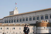 Roma: due carabinieri davanti il Quirinale..Rome: two policeman in front of Palazzo del Quirinale. Quirinale palace is the official residence of Italy's President