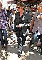 """Rob Thomas de Matchbox 20 vuelve a promover su más reciente CD de música """"NORTH"""", después de un tiempo muerto solicitado, en West Hollywood, CA. agosto 22,2012  *Copyright/Credits*:The Media Circuit/NortePhoto.com***********<br /> **********<br /> Rob Thomas,Matchbox 20 returns to promotes their latest music CD after a long time out called """"NORTH"""" in West Hollywood, CA. August 22,2012 Copyright/Credits:The Media Circuit/NortePhoto.com<br /> <br /> **CREDITO*OBLIGATORIO** <br /> *No*Venta*A*Terceros*<br /> *No*Sale*So*third*<br /> *** No Se Permite Hacer Archivo**<br /> *No*Sale*So*third*"""
