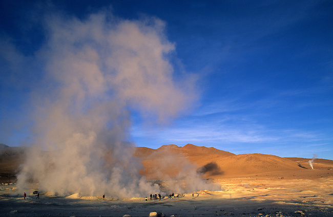 Bolivie, sud Lipez. Geysers du Soleil du Matin. *** The geyser basin, known as Sol de Manana, Morning Sun, South Lipez, Bolivia.