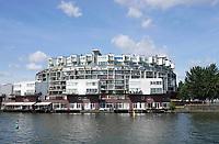 Nederland  Amsterdam 2019.  Venetiehof op het KNSM Eiland. Het complex is ontworpen door Architect Jo Coenen. Foto Berlinda van Dam / Hollandse Hoogte