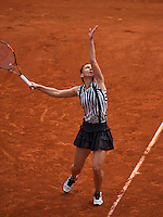 Paris, France, 25 June, 2016, Tennis, Roland Garros,  Simona Halep (ROU)<br /> Photo: Henk Koster/tennisimages.com