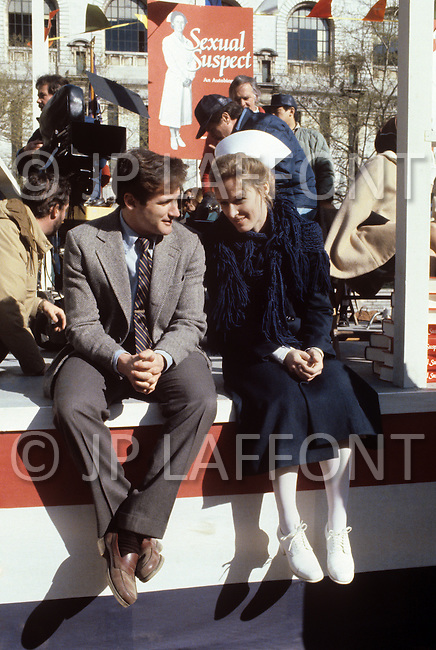 New York, USA. December 1981. From the american comedy drama film, The World According to Garp,  directed by George Roy Hill, based on the novel of the same title by John Irving. Photo of Robin Williams and Glenn Close.