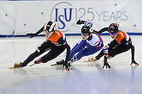 SHORT TRACK: TORINO: 14-01-2017, Palavela, ISU European Short Track Speed Skating Championships, Quarterfinals 500m Ladies, Rianne de Vries (NED), Sofia Prosvirnova (RUS), Yara van Kerkhof (NED), ©photo Martin de Jong